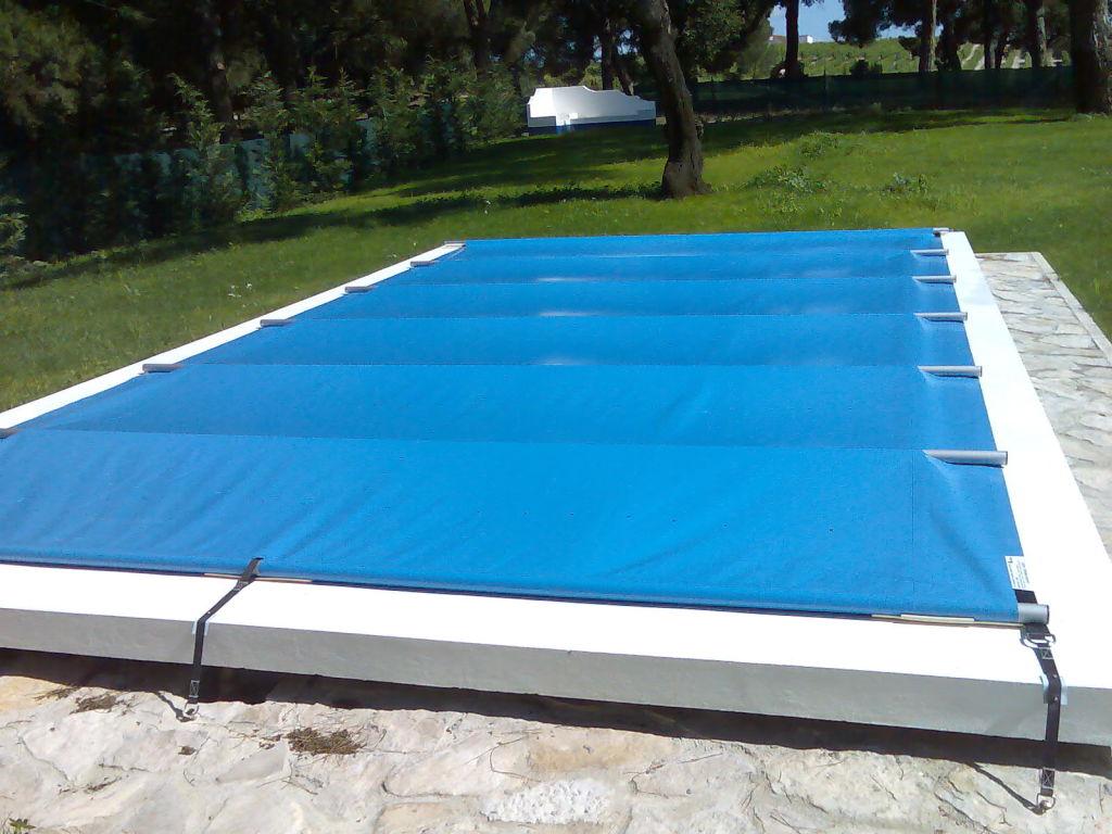 Cobertura de barras para piscina tenha a piscina for Cobertura piscina