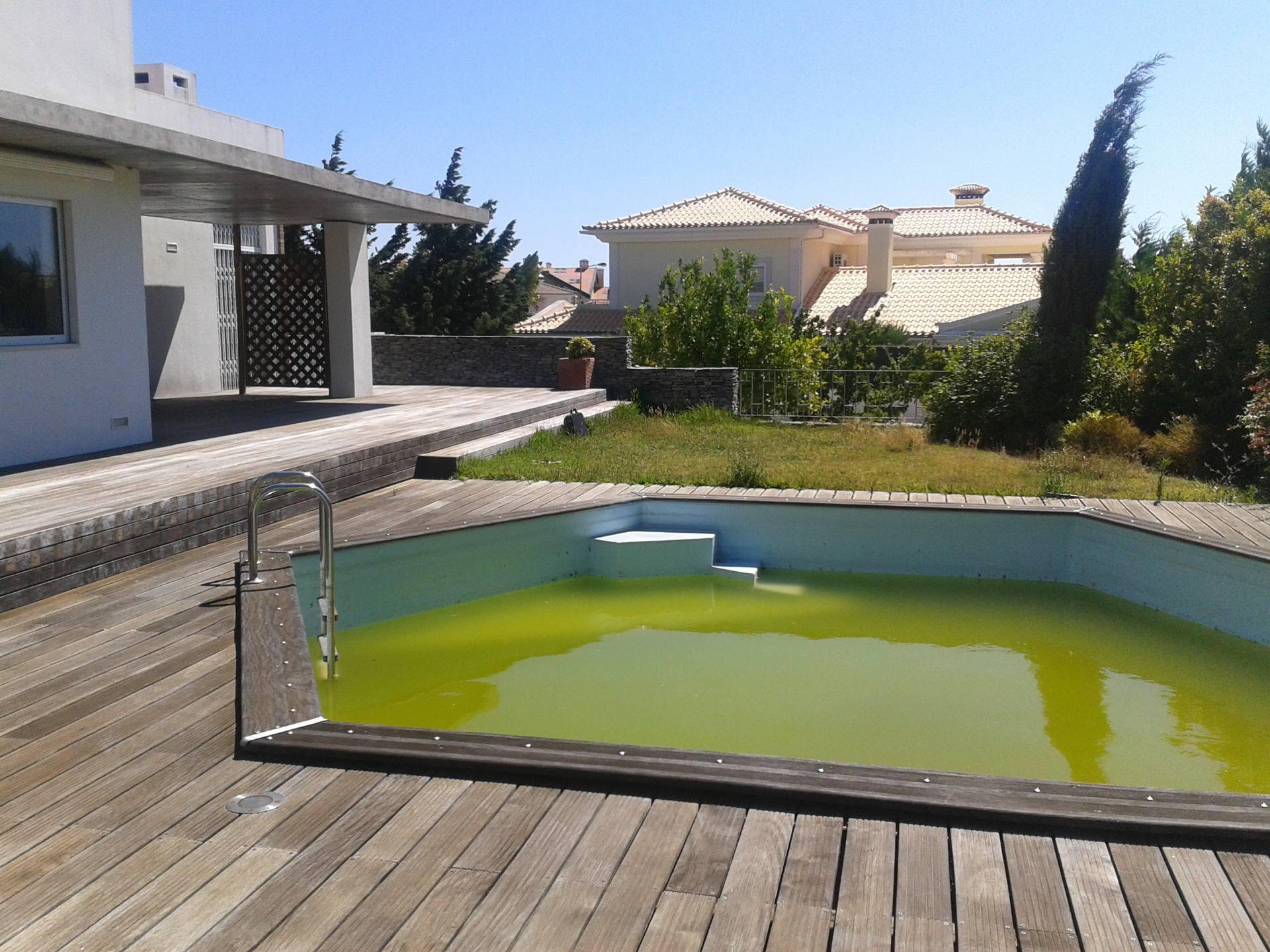 Repara o e renova o de piscinas somos especialistas - Agua de piscina verde ...
